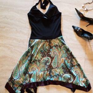 City Triangles Dresses - Gorgeous halter tie back dress
